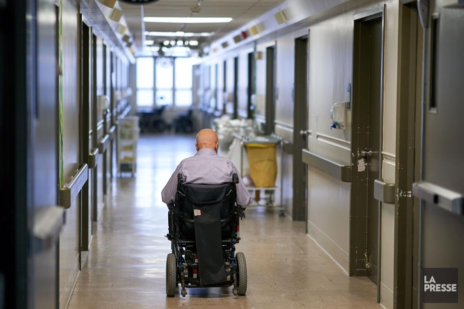 Une quarantaine d`aînés, âgés de 87 à 98 ans, sont