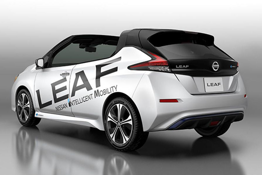 La Nissan Leaf Open Car. ()