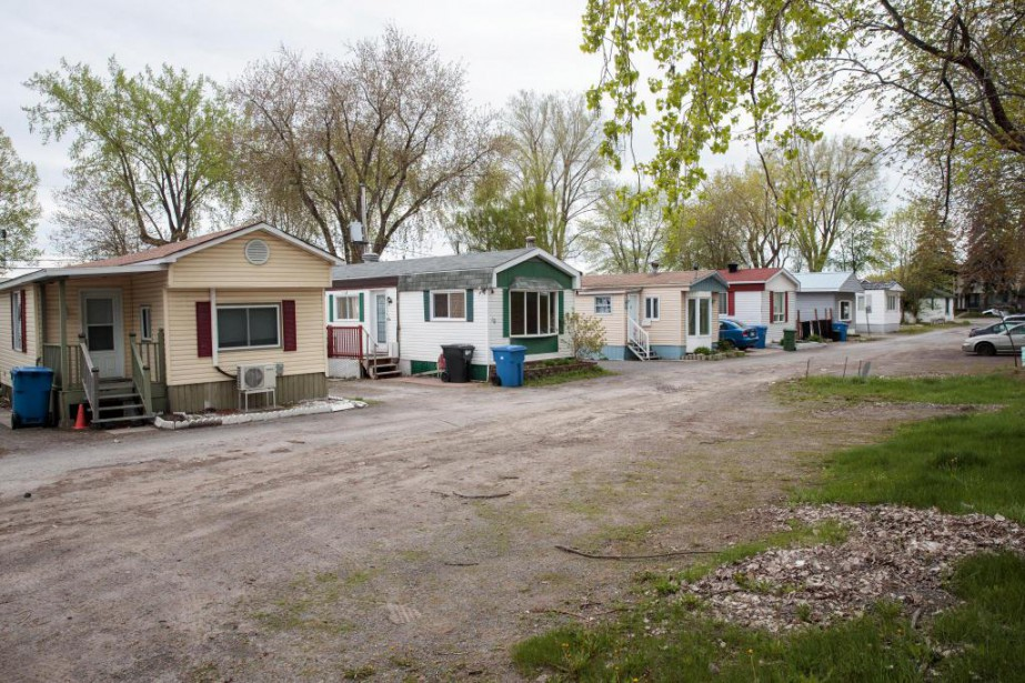Pour plusieurs, vivre dans un parc de maisons... (Photo Hugo-Sébastien Aubert, La Presse)