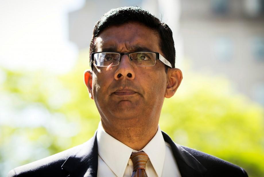 Dinesh D'Souza... (ARCHIVES REUTERS)
