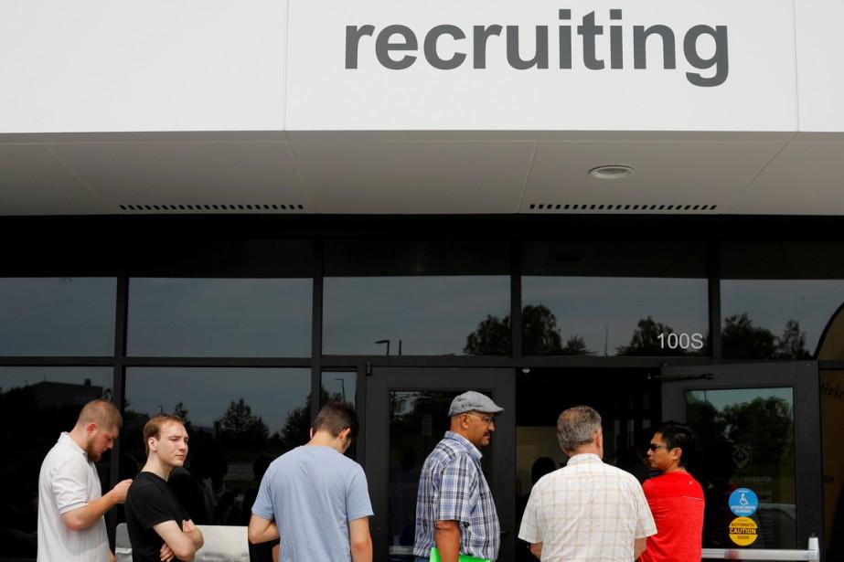 Les créations d'emplois ont été plus fortes que... (PHOTO REUTERS)