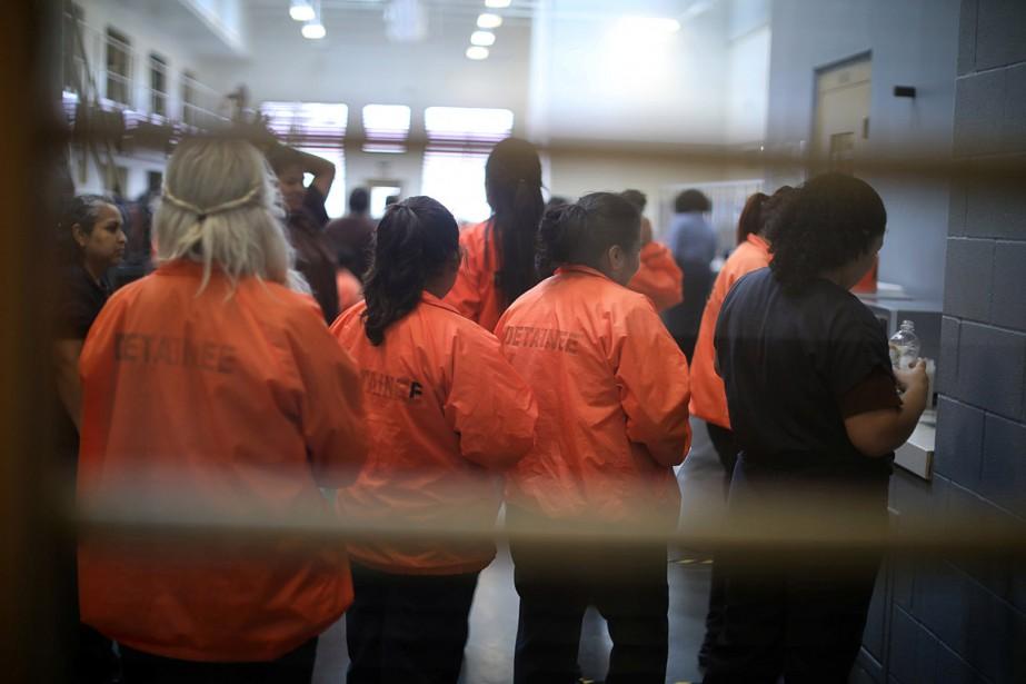 Des femmes emprisonnées au centre de détention Otay... (PHOTO LUCY NICHOLSON, REUTERS)