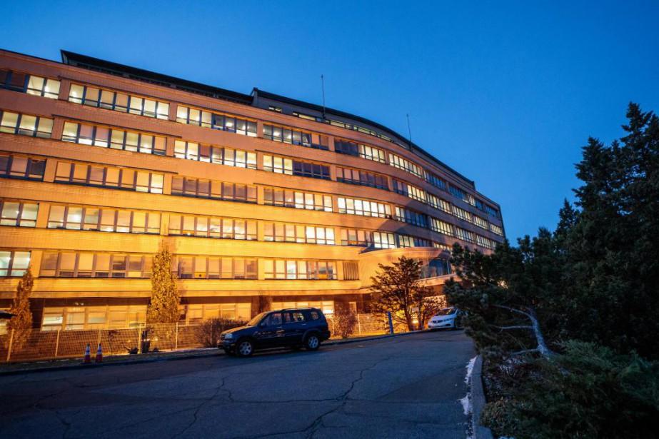 Le centre administratif de la CSDM doit déménager... (Photo Hugo-Sébastien Aubert, Archives La Presse)