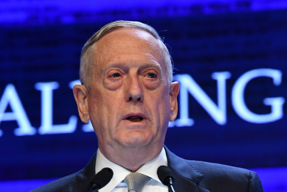 Le secrétaire américain à la Défense, James Mattis... (PHOTO ROSLAN RAHMAN, AFP)