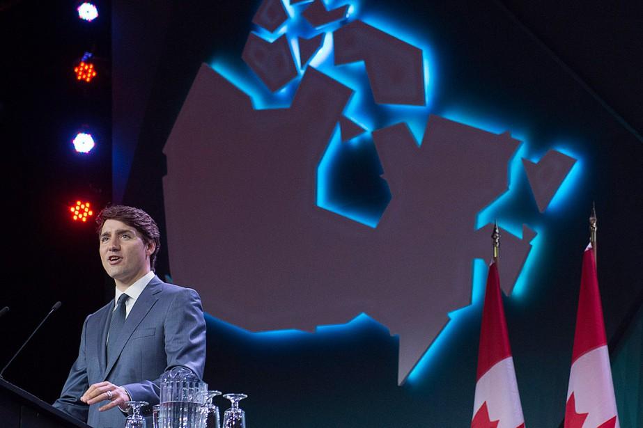 Justin Trudeau a prononcé un discours au congrès... (PHOTO ANDREW VAUGHAN, LA PRESSE CANADIENNE)
