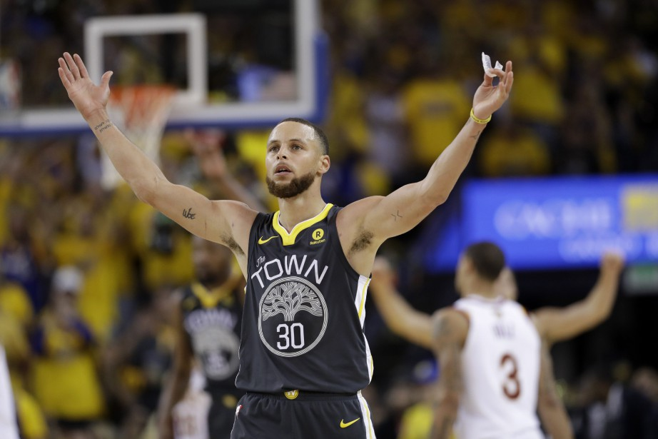 Stephen Curry... (PHOTO AP)