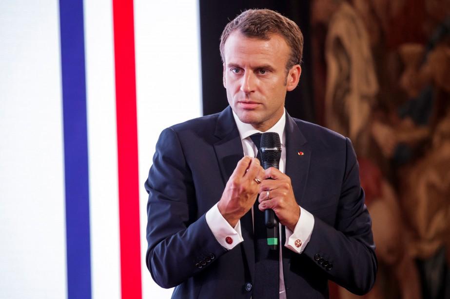 Le président français Emmanuel Macron débutera son voyage... (REUTERS)