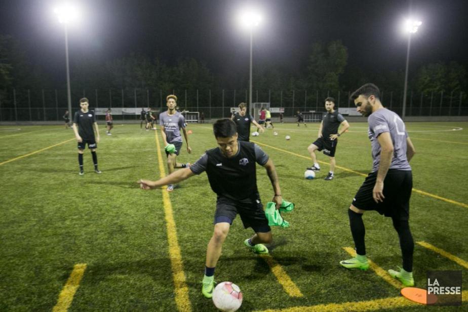Les joueurs de l'AS Blainville s'entraînent en prévision... (Photo François Roy, archives La Presse)