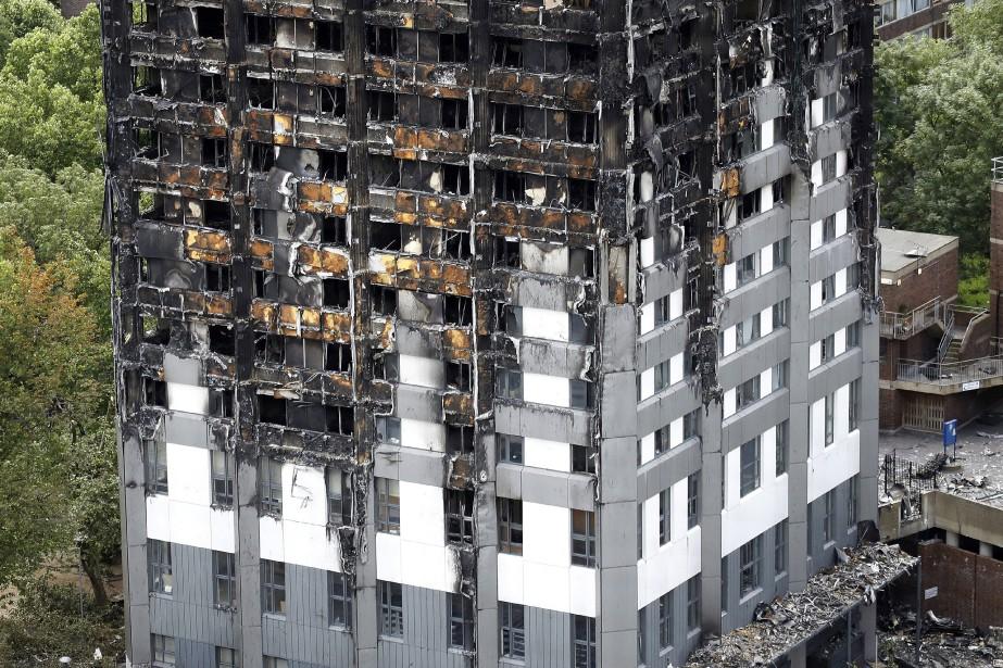 Le feu, survenu le 14 juin 2017, était... (PHOTO AP)