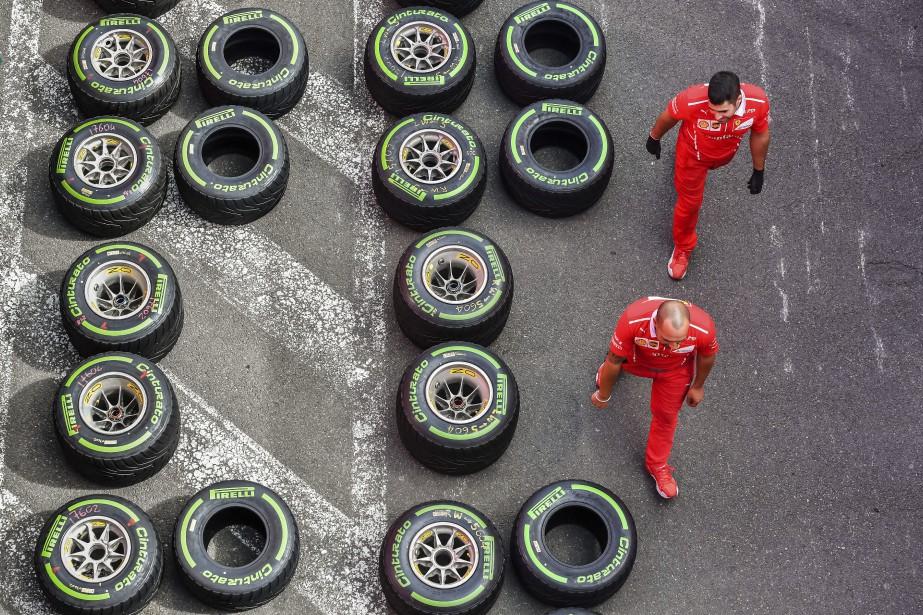 Ferrari SF71H -  PNEUS - Pirelli; roues de 13pouces; largeur avant:385 mm max.; largeur arrière:470 mm max.Unique fournisseur du Championnat du monde, Pirelli n'en offre pas moins aux équipes une variété bien plus grande que Michelin et Goodyear le faisaient en 1978. Cette année, pas moins de neuf types de pneus ont été fabriqués. | 5 juin 2018