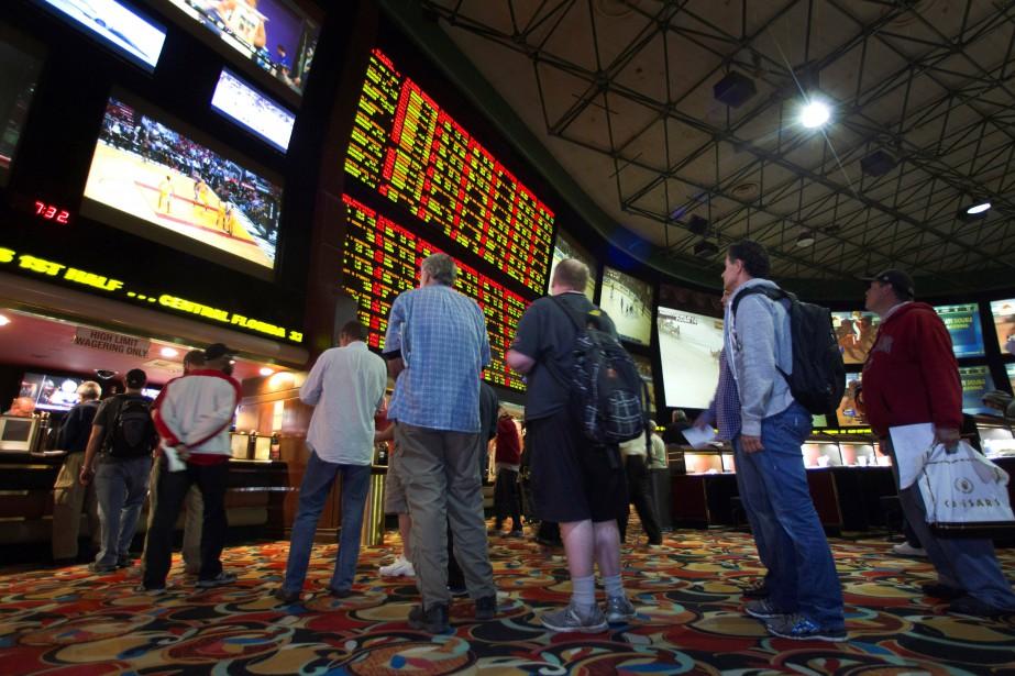 L'ouverture des paris sportifs doit permettre de favoriser... (ARCHIVES REUTERS)