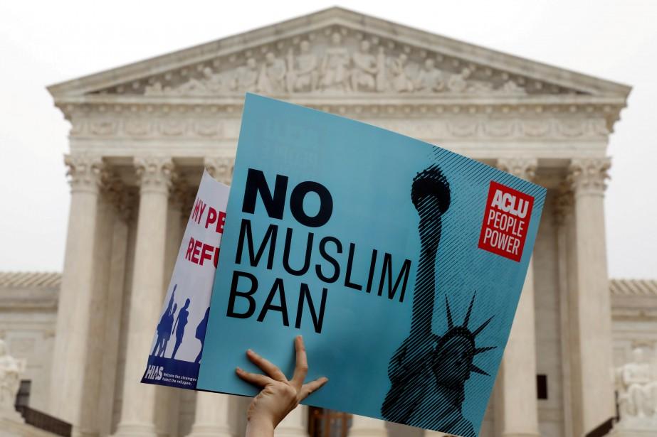 La communauté musulmane entretient des relations tendues avec... (REUTERS)