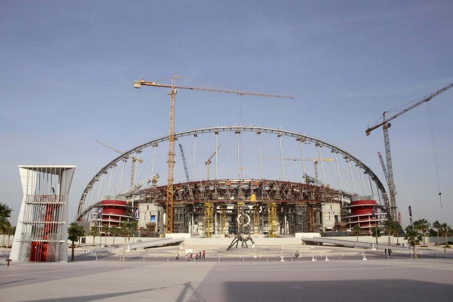 Le Qatar est présentement affairé à construire huit... (REUTERS)