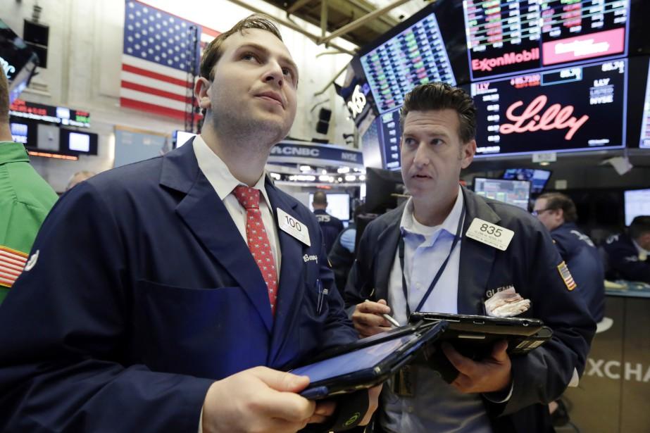 Les investisseurs se sont habitués au fil des... (AP)