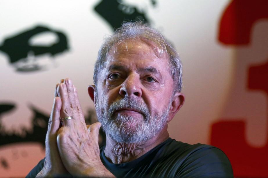 L'ex-président brésilien Lula.... (PHOTO Miguel SCHINCARIOL, archives AFP)