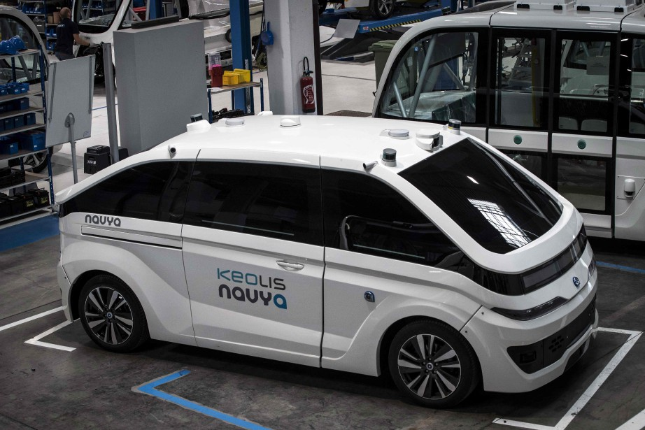 Un taxi sans chauffeur Autonom Cab à l'usine Navya de Vénissieux, près de Lyon, au centre de la France. | 12 juin 2018