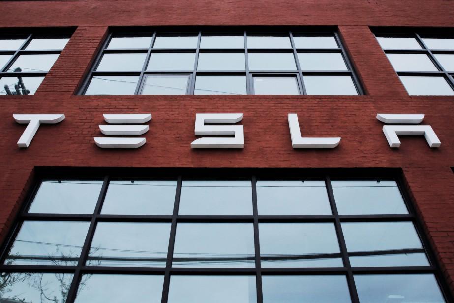 Au 31 décembre 2017, Tesla employait 37 543... (PHOTO ARCHIVES REUTERS)