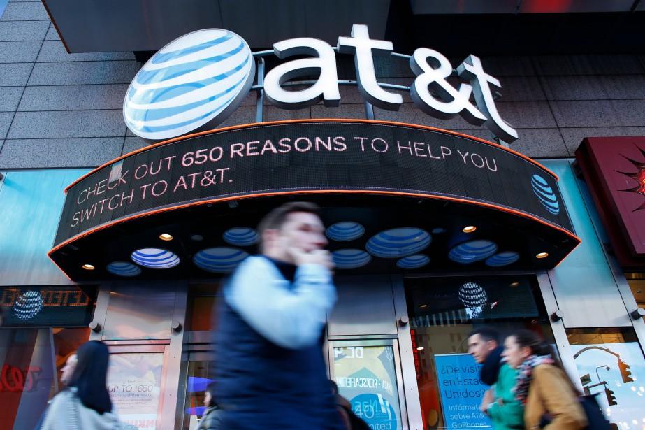 AT&T est le premier câblo-opérateur américain et le... (PHOTO AFP)