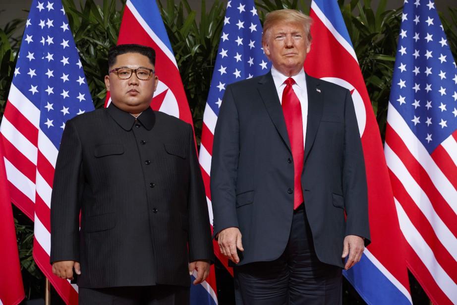 Donald Trump (à droite) et Kim Jong-un ont... (Photo Evan Vucci, Associated Press)
