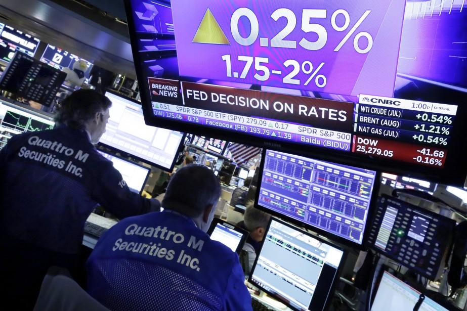 La Banque centrale américaine a haussé son taux... (Photo Richard Drew, AP)
