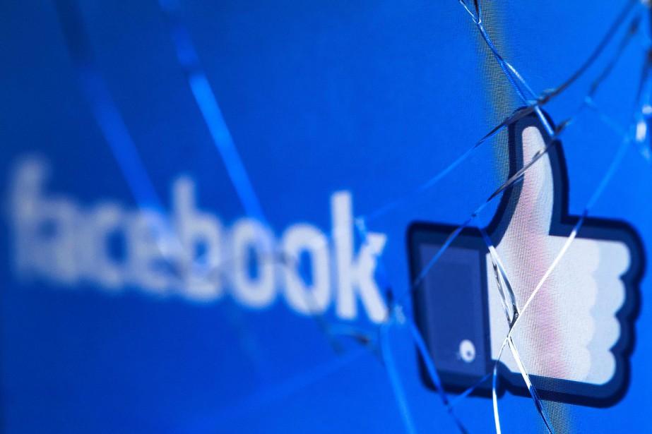 «Le recours au réseau social pour s'informer a... (AFP)