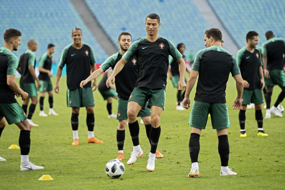 Cristiano Ronaldo (au centre) et le Portugal affronteront... (Photo Francisco Seco, AP)