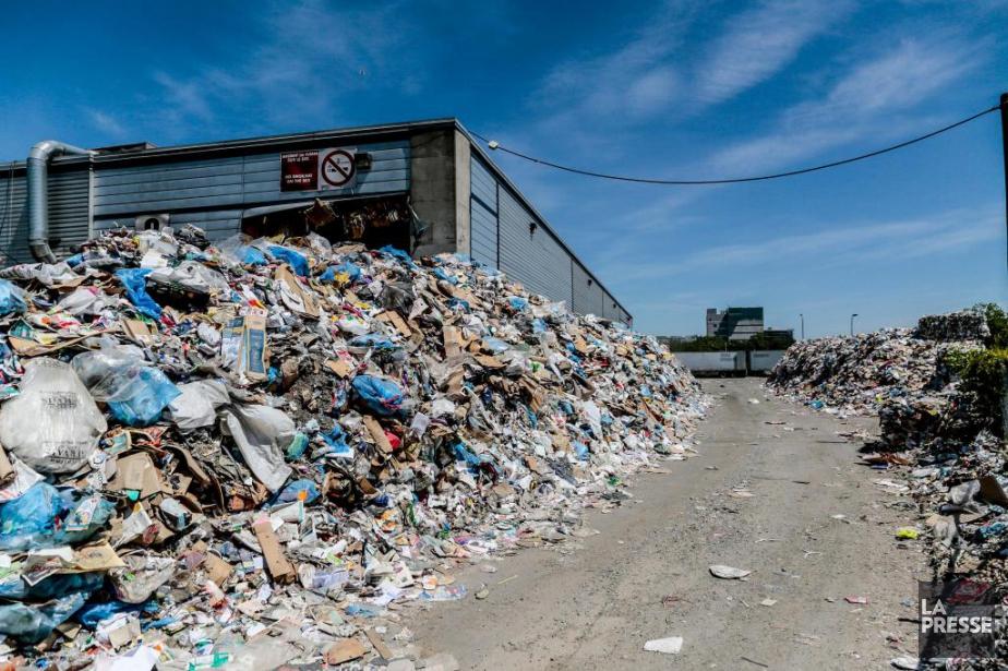 Le papier, le plastique, le verre et le... (PHOTO MARTIN TREMBLAY, LA PRESSE)