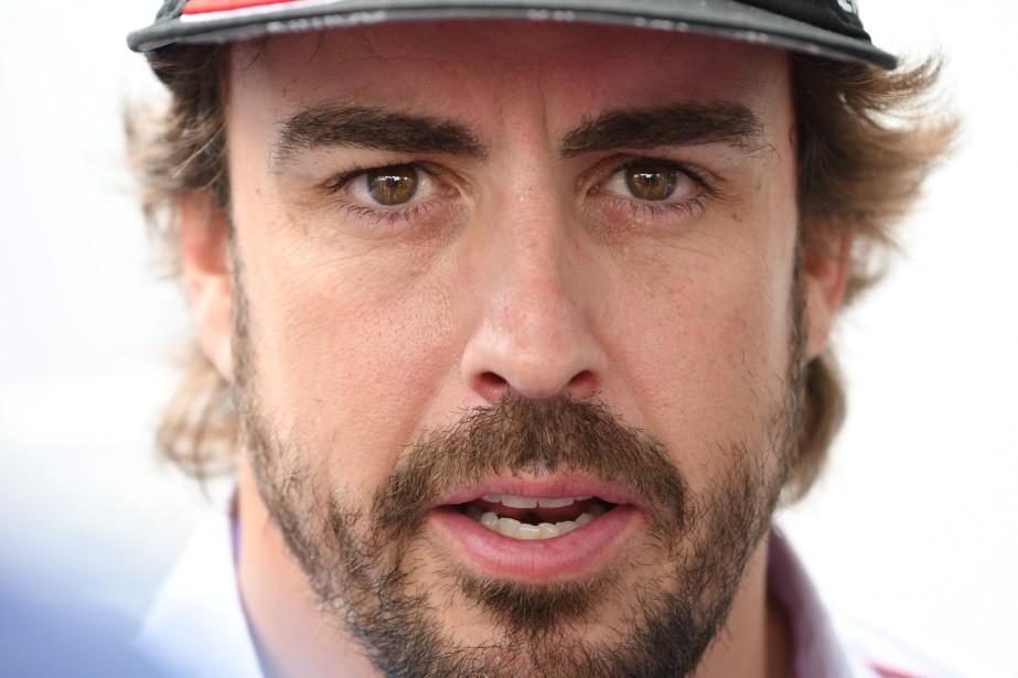 Le pilote espagnol Fernando Alonso répondant à une question durant une conférence de presse vendredi au Mans. | 15 juin 2018