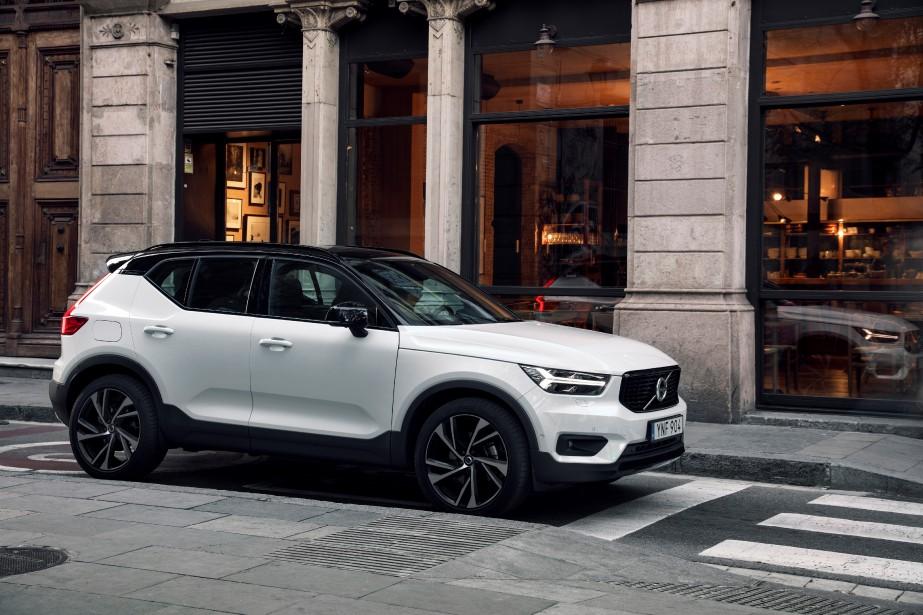 En ville, on aimera la taille raisonnable de l'auto, la douceur de sa direction, mais on se méfiera de son diamètre de braquage important dans le cadre des manoeuvres de stationnement. | 15 juin 2018