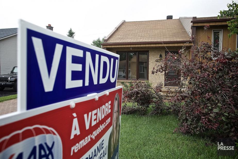 Le prix moyen national des habitations vendues en... (PHOTO ANDRÉ PICHETTE, ARCHIVES LA PRESSE)