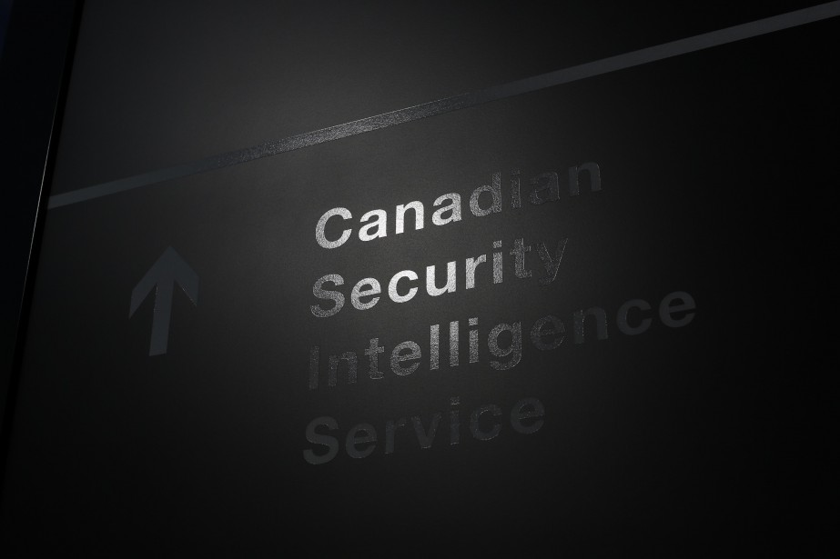 Le Service canadien de renseignement (SCRS) ne peut pas espionner
