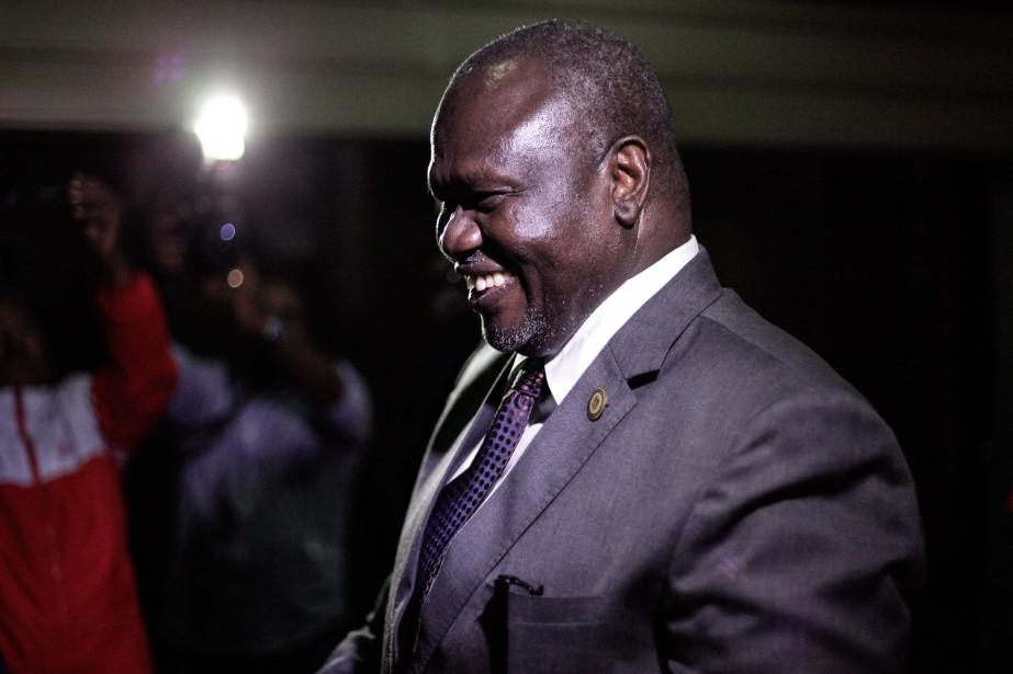 Le chef rebelle Riek Machar avant sa rencontre... (PHOTO SOLAN KOLLI, AGENCE FRANCE-PRESSE)