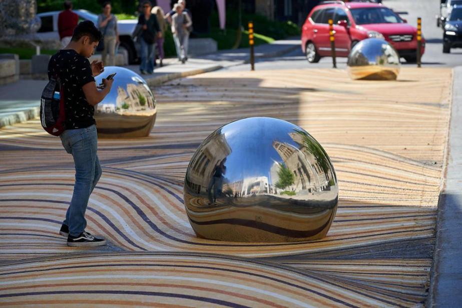 La nouvelle installation éphémère Dunes [é]mouvantes, de NÓS... (Photo André Pichette, La Presse)