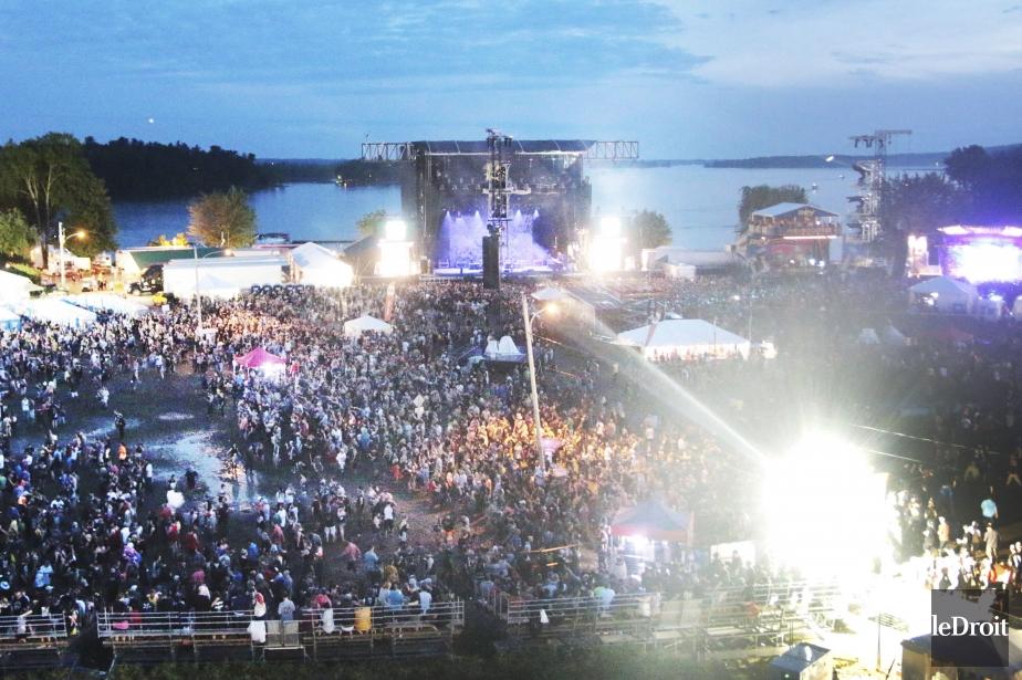 L'événement qui a attiré environ 200 000 festivaliers... (Photo Etienne Ranger, archives Le Droit)