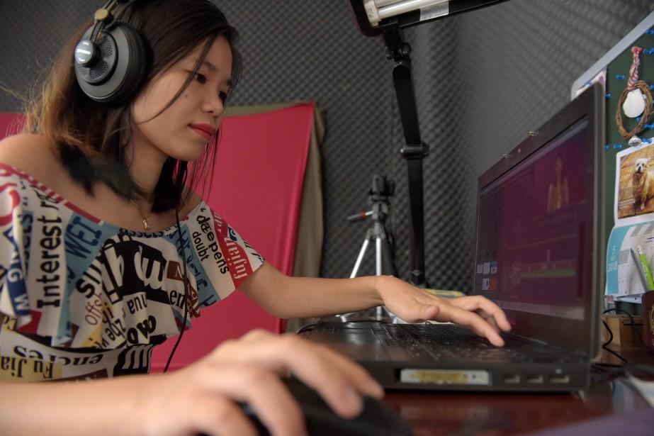 Dans l'une de ses dernières vidéos, celle qui... (Photo Tang Chhin Sothy, Agence France-Presse)