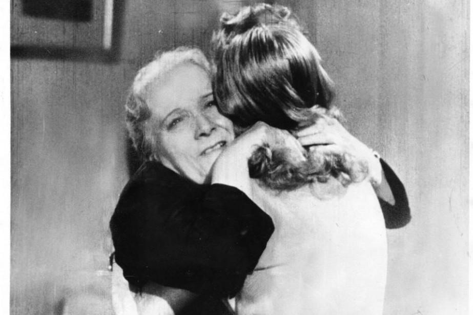 Jeanne Demons est l'incarnation même de la mère... (PHOTO FOURNIE PAR LA COLLECTION DE LA CINÉMATHÈQUE QUÉBÉCOISE)