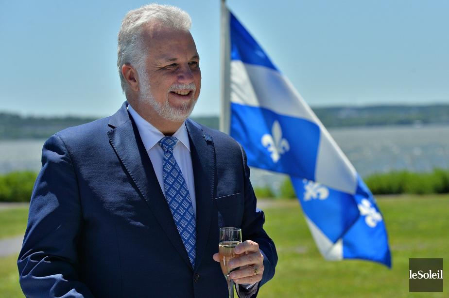 Le premier ministre Philippe Couillard a participé vendredi... (Photo Patrice Laroche, Le Soleil)