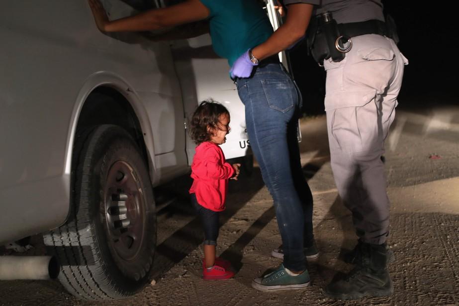 Une fillette de 2 ans du Honduras pleure... (Photo John MOORE, archives Agence France-Presse/Getty Images North America)
