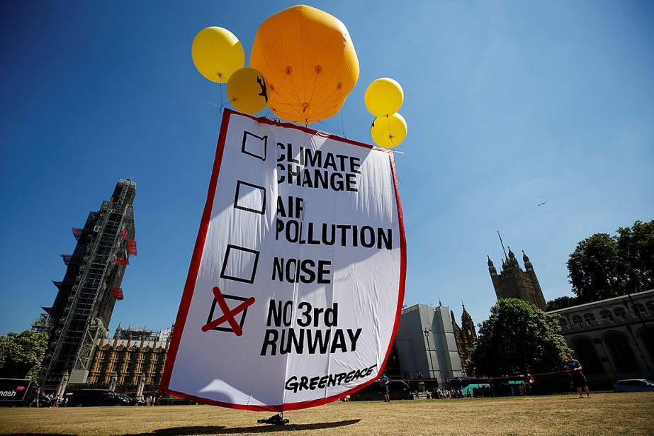 «Un vote pour une nouvelle piste à Heathrow... (Henry Nicholls, REUTERS)
