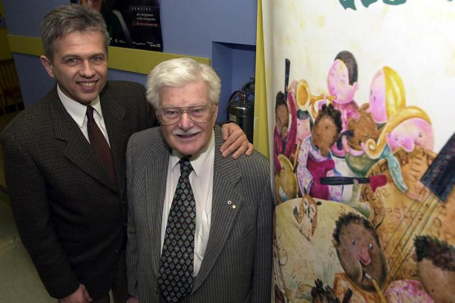 Paul Gérin-Lajoie et son fils François, en 2002... (photo robertMailloux, archives la presse)