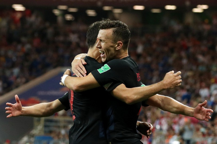 Ivan Perisic célèbre le 2e but de la... (PHOTO REUTERS)