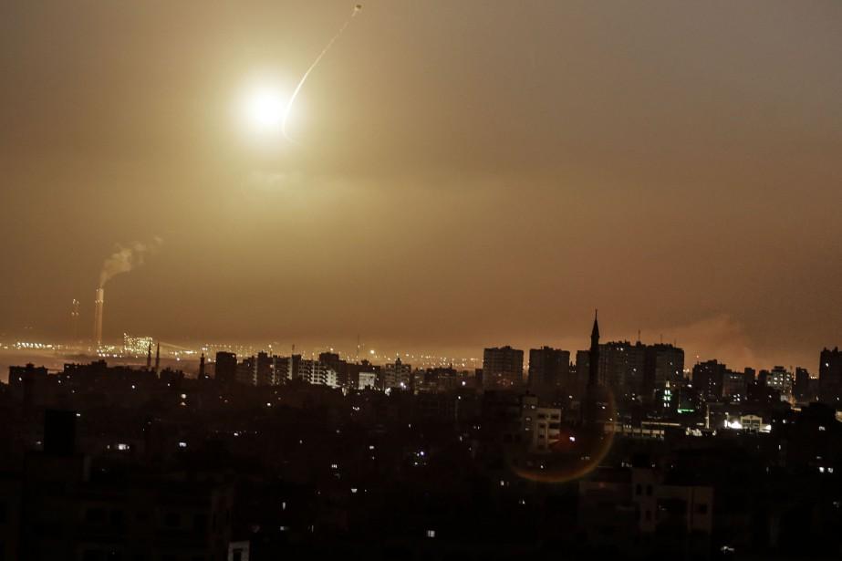 Trois des projectiles tirés à partir de la... (AFP)