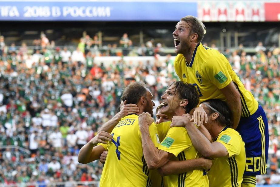 La Suède a remporté une victoire de 3-0... (Photo Martin Meissner, AP)
