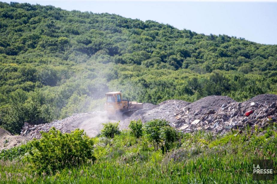 Environnementalistes, agriculteurs, entreprises et partis de l'opposition ont... (Photo Martin Tremblay, La Presse)