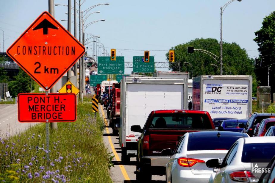Les camions comptant trois essieux et plus n'ont... (Bernard Brault, archives La Presse)