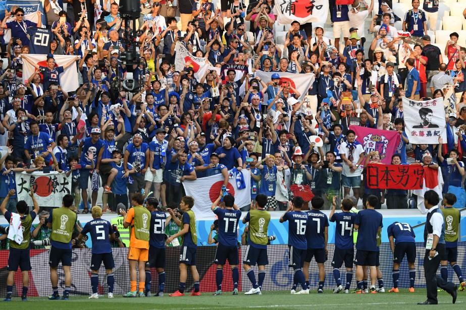 Les joueurs du Japon célèbrent leur qualification pour... (Photo Mark Ralston, AFP)