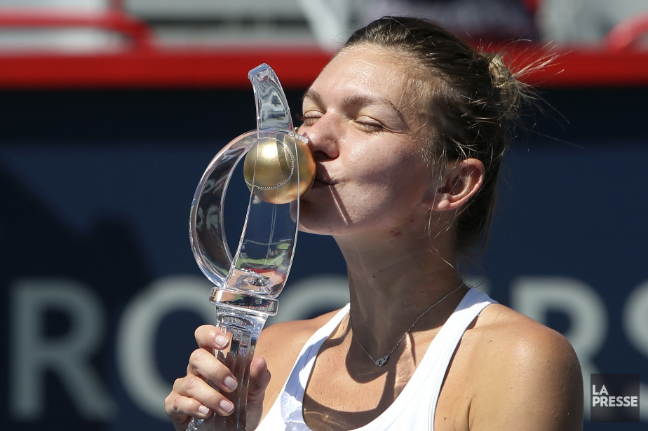 Simona Halep a remporté la Coupe Rogers en... (Photo Robert Skinner, archives La Presse)