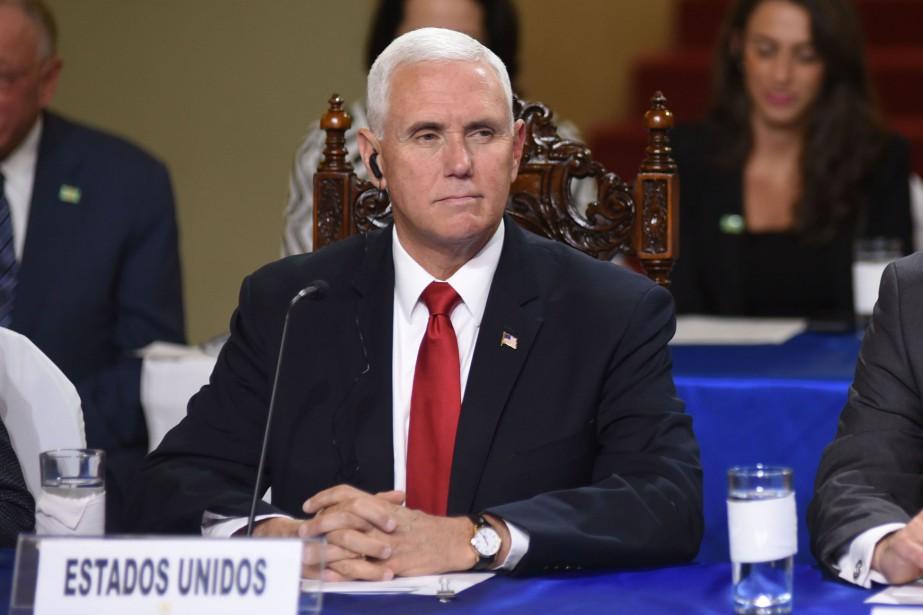 Le vice-président américain Mike Pence... (PHOTO ORLANDO ESTRADA, AFP)