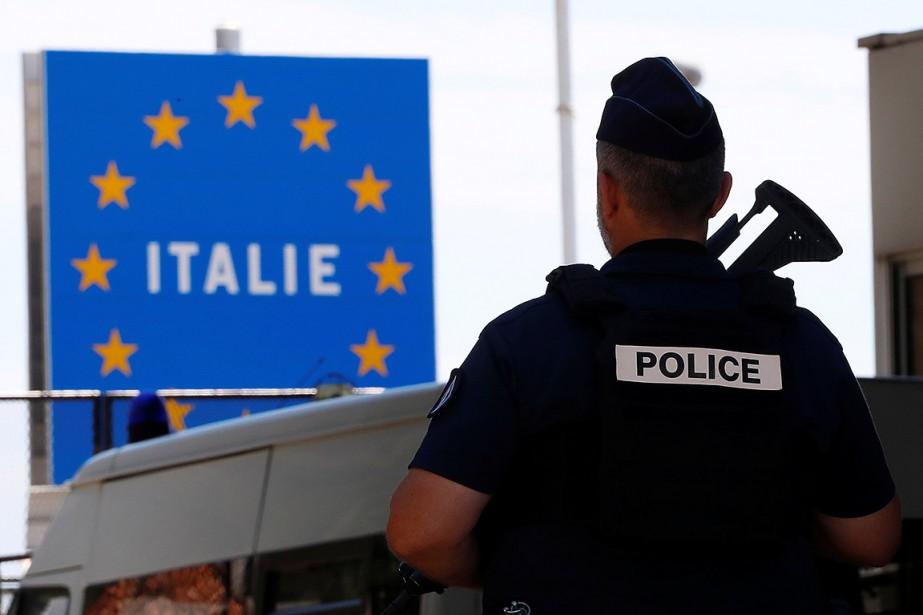 «L'Italie n'est plus seule», s'est réjoui le chef... (Eric Gaillard, REUTERS)