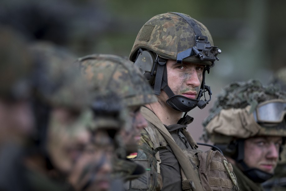 Le Pentagone étudie le... (Photo Mindaugas Kulbis, Archives Associated Press)